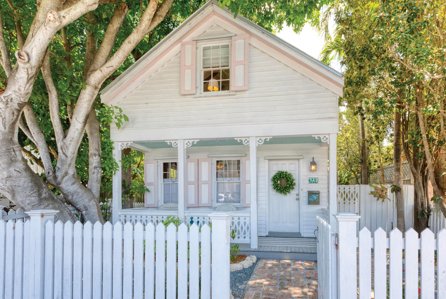 Miraculous Charming Old Town Home Key West Florida Weekly Key West News Interior Design Ideas Gresisoteloinfo