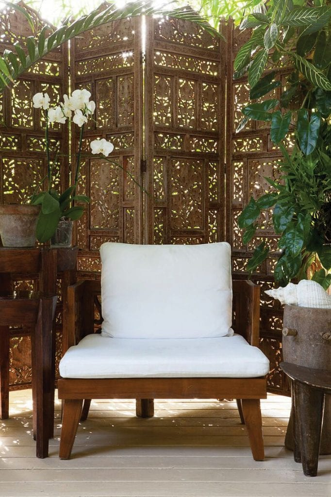 Take a seat in one of Amri's quiet sanctuary spaces.